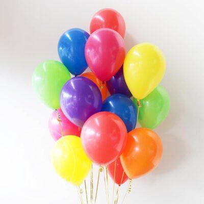 Облако воздушных шаров с гелием цветное пастель